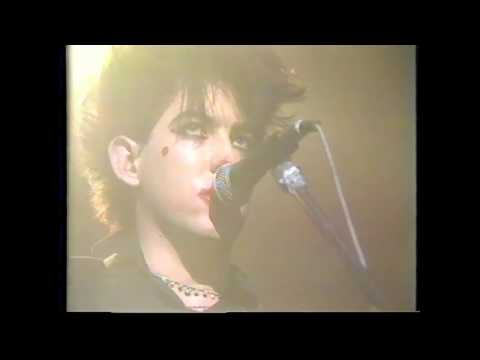 The Cure - One Hundred Years / The Figurehead (Oxford Road Show 1983)