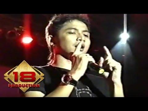 Ungu - Demi Waktu  (Live Konser Singkawang 5 Juli 2006)