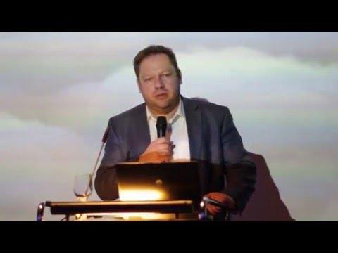 Alexander Potapov-Zeppelin View -WCF Davos-2016