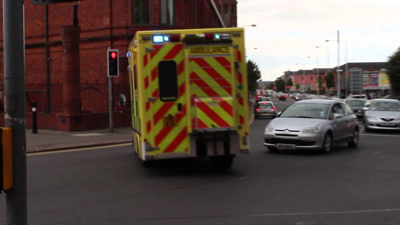 Northern ireland ambulance service e321 tnz 9711 for Mercedes benz emergency service
