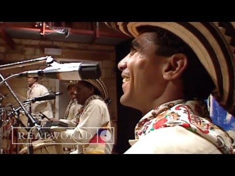 Totó La Momposina - La Candela Viva