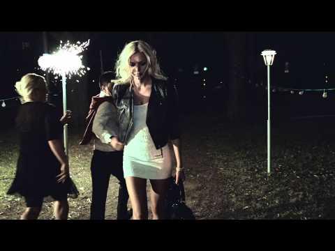 Avicii - Fade Into Darkness (Official Video) - Le7els Records/Veratone