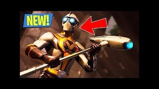Playing with new skin in fortnite (Venturion )