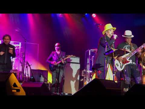 Karma Chameleon FULL Culture Club Boy George Live 2017 Atlantic City