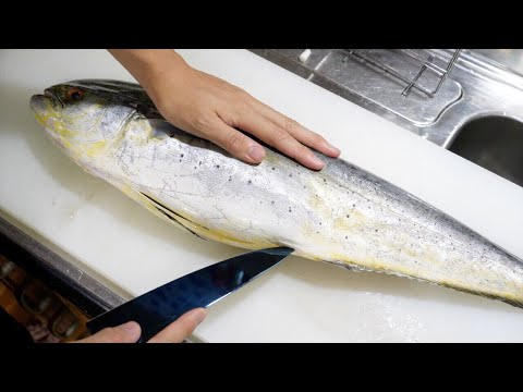 傷みに傷み切って300円で売られていた、危ない魚。俺が買わなきゃ明日には廃棄。美味しく食べました