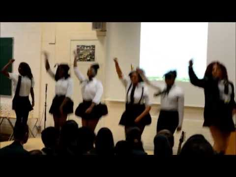 Oaks Park High School Leavers Assembly 2013: Flashmob - Run The World (Girls)