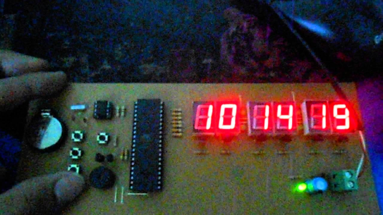Digital Clock Ds1307 8051 Microcontroller Based Alarm Clok With Thermometer Circuit