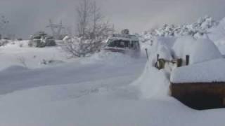 My Isuzu Trooper 4X4  Plowing Snow