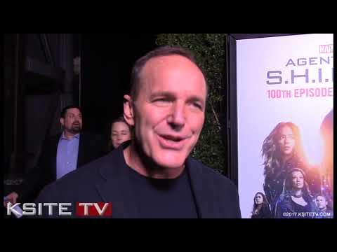 AGENTS OF S.H.I.E.L.D. 100 | Clark Gregg (Phil Coulson) Avengers