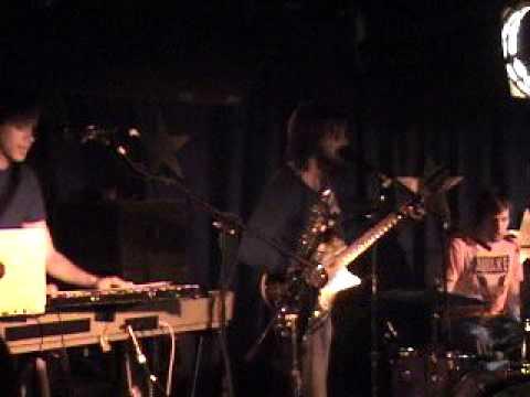 Menomena - Live in Chicago '07 - Pelican mp3