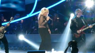 Ирина Аллегрова -- Птица «Песня года 2013»