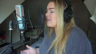 Sam Fischer - This City ( Cover by Lisa Moran ) YouTube Thumbnail
