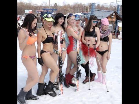 Массовый спуск в купальниках в Иркутской области