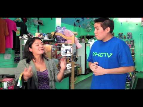 Shave Ice in Hawaii - Learning How to Make Shave Ice at Kakaako Kool