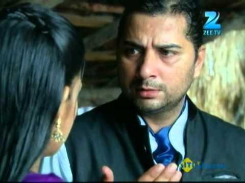 Phir Subah Hogi - Hindi Serial - Episode 102 - Zee TV Serial - 5th Sep 2012 - Best Scene - 06 thumbnail