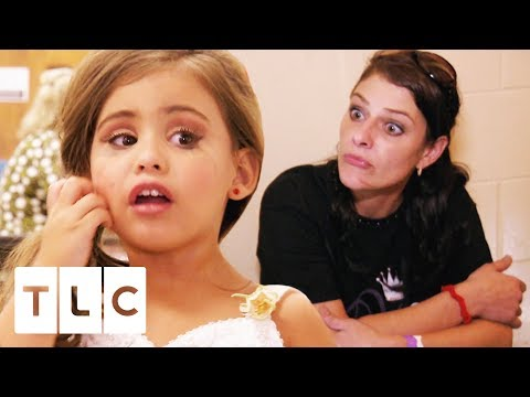 Three-Year-Old Pageant Queen Puts Her Mum On Time Out! | Toddlers & Tiaras