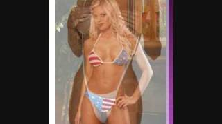 Sexy women in sexy Bikinis