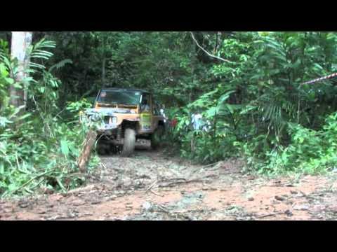 Team Land Rover Philippines Rainforest Challenge 2010 Johor