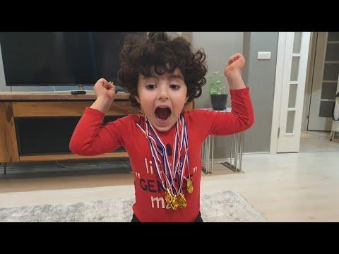 Rüzgar Ve Babası Madalya Yarışı Yaptı Yarışları Kazan Altın Madalyayı Kap