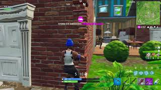 Fortnite - Getting Shot Around a Corner