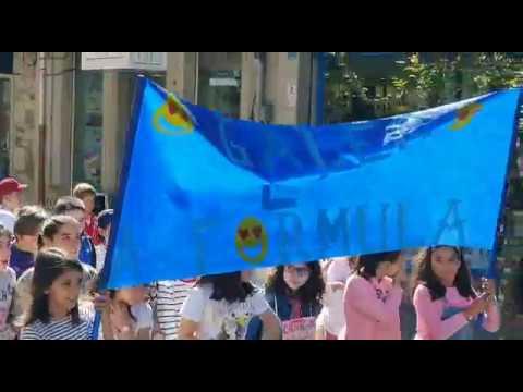 Centos de escolares da Estrada participan no Correlingua