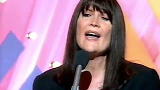 SANDIE SHAW - (THERE'S) ALWAYS SOMETHING THERE TO REMIND ME
