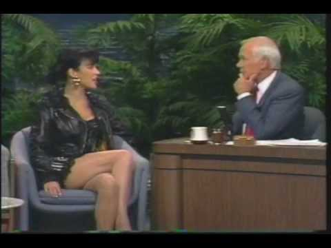 """Jennifer Tilly - Talks to """"Carson"""" (late 1980s)"""