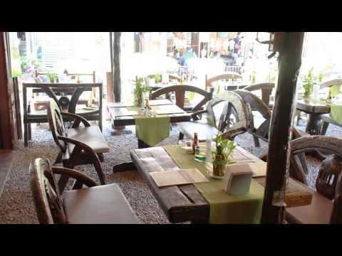 kb193 Chanaya's Thai-Dutch Restaurant Cafe