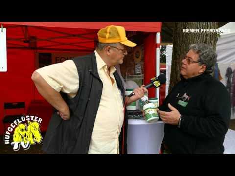 Bild: Tag der offenen Tür München Riem - Interview mit Rolf Wolffers von Equiphyt