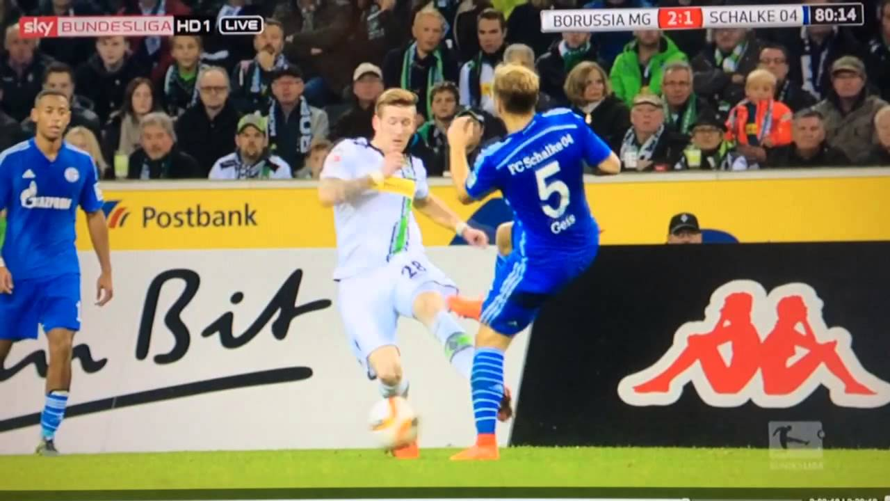 gladbach schalke foul