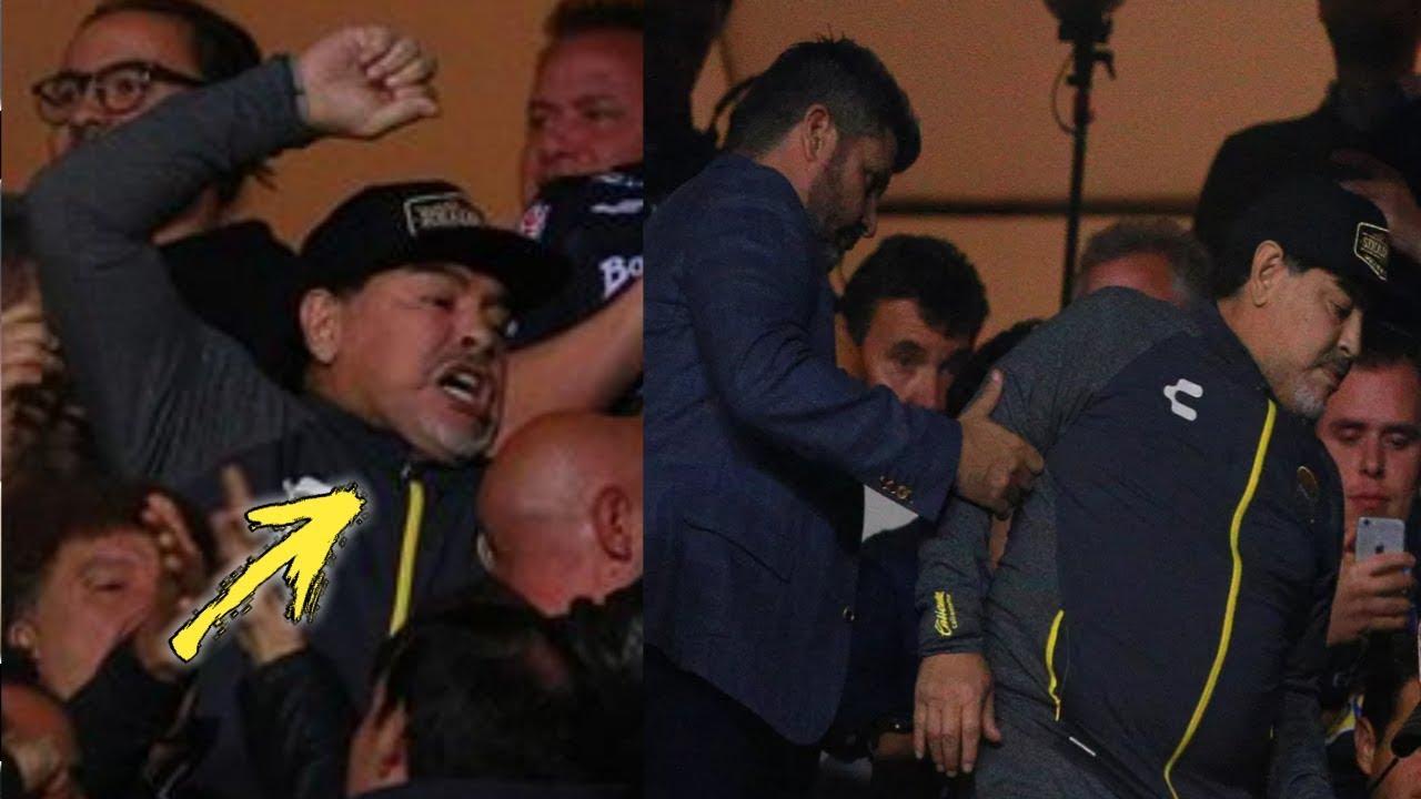 مارادونا يشتبك مع الجماهير في الدوري المكسيكي