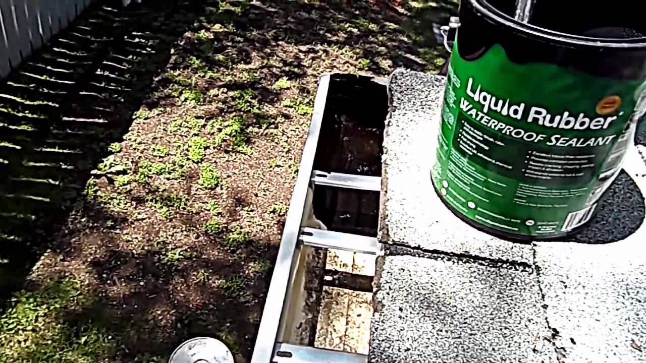 Fix Leaking Gutter With Liquid Rubber Waterproof Sealant
