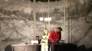 Massive Attack - DJ Set In Paris (19th November 2011) (Part 1/2)