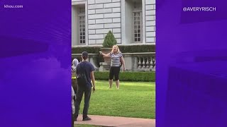 St. Louis Couple Confronts Protesters With Guns
