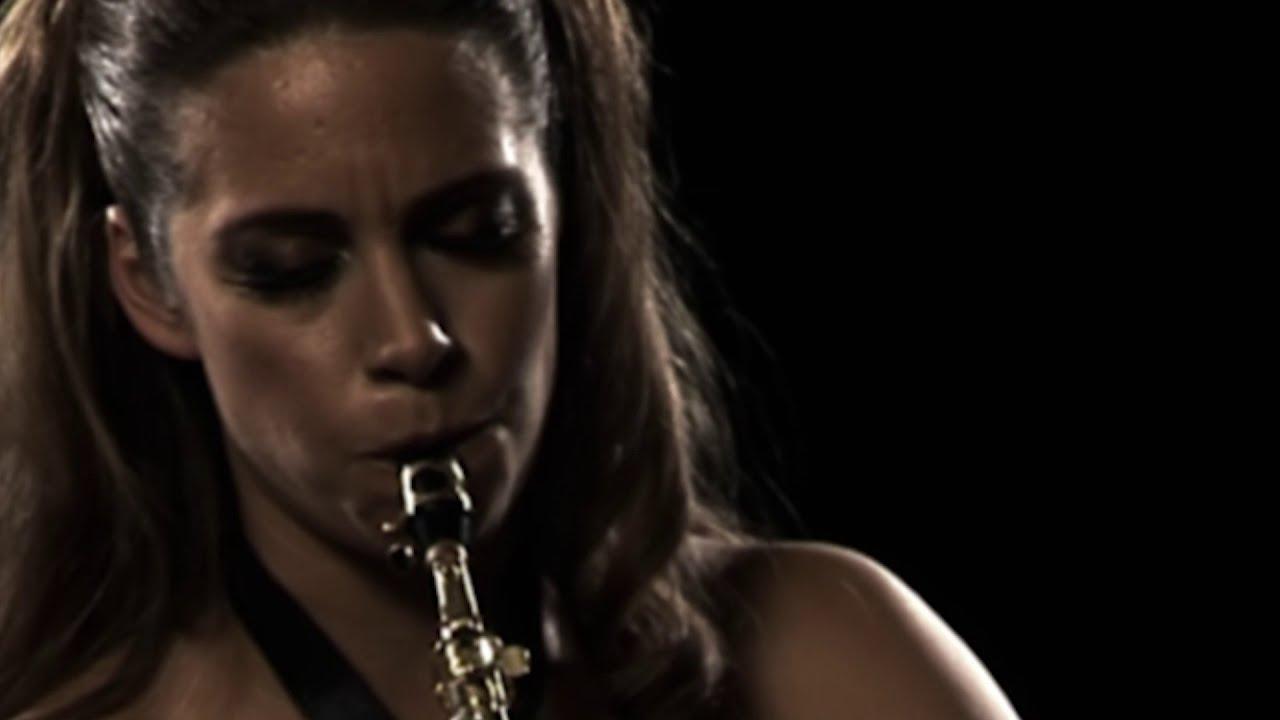 Amy Dickson - Philip Glass: Violin Concerto No. 1, arr. soprano saxophone