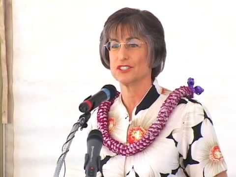 1-Hawaii Governor Lingle Economic Speech-Mokulele Highway Blessing on Maui