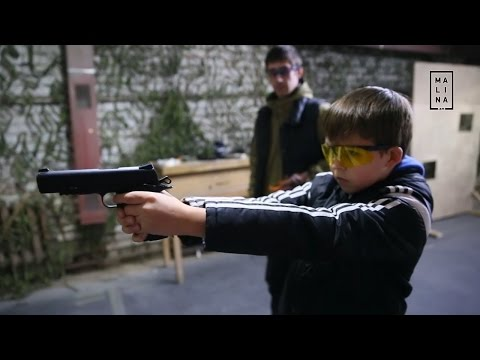 Совсем не детские игрушки. В Екатеринбурге открылась первая детская секция по практической стрельбе