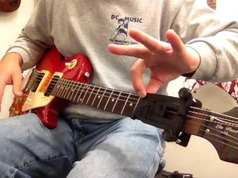 Ez Chord On An Electric Guitar Youtube