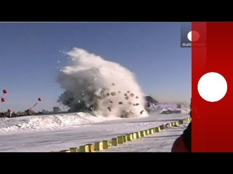Download Video: Stunt car jump breaks world record despite almost disastrous landing