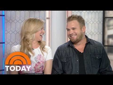 Kellie Pickler And Husband Kyle Jacobs Reveal What To Do 'In A Pickler' | TODAY