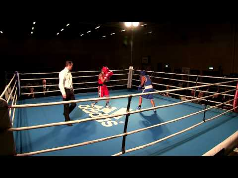 Sara Svensson vs Norah Guzlander  Semifinale SM Boxning 2014