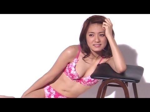 Hitomi Nishina [2006]