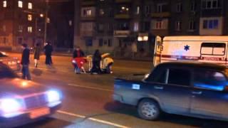 В Днепропетровске на Правде BMW сбил женщину: пострадавшую откинуло на 25 метров thumbnail
