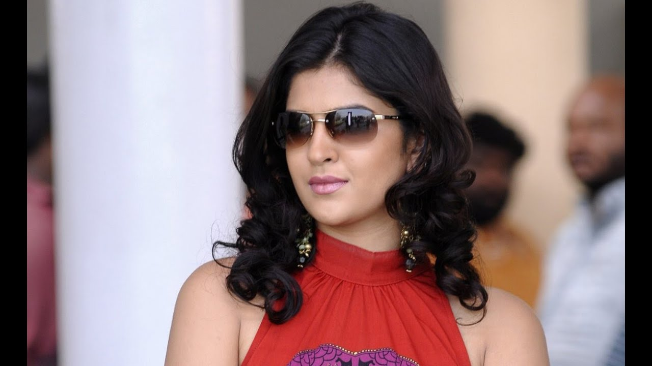 deeksha seth photoshoot 2015 photo gallery of deeksha seth 2015