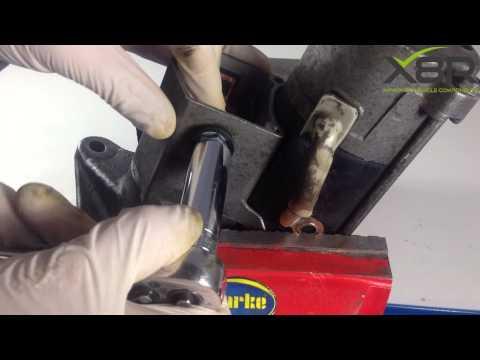 Land Rover Defender Discovery TD5 Diesel 2.5 Starter Motor Repair Kit Install