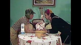 El Chavo y Quico ayudando a preparar los churros. thumbnail