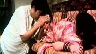 Har Aadmi Ko Bibi Ka Full Song | Hiraasat | Sanjeev Kumar, Hema Malini