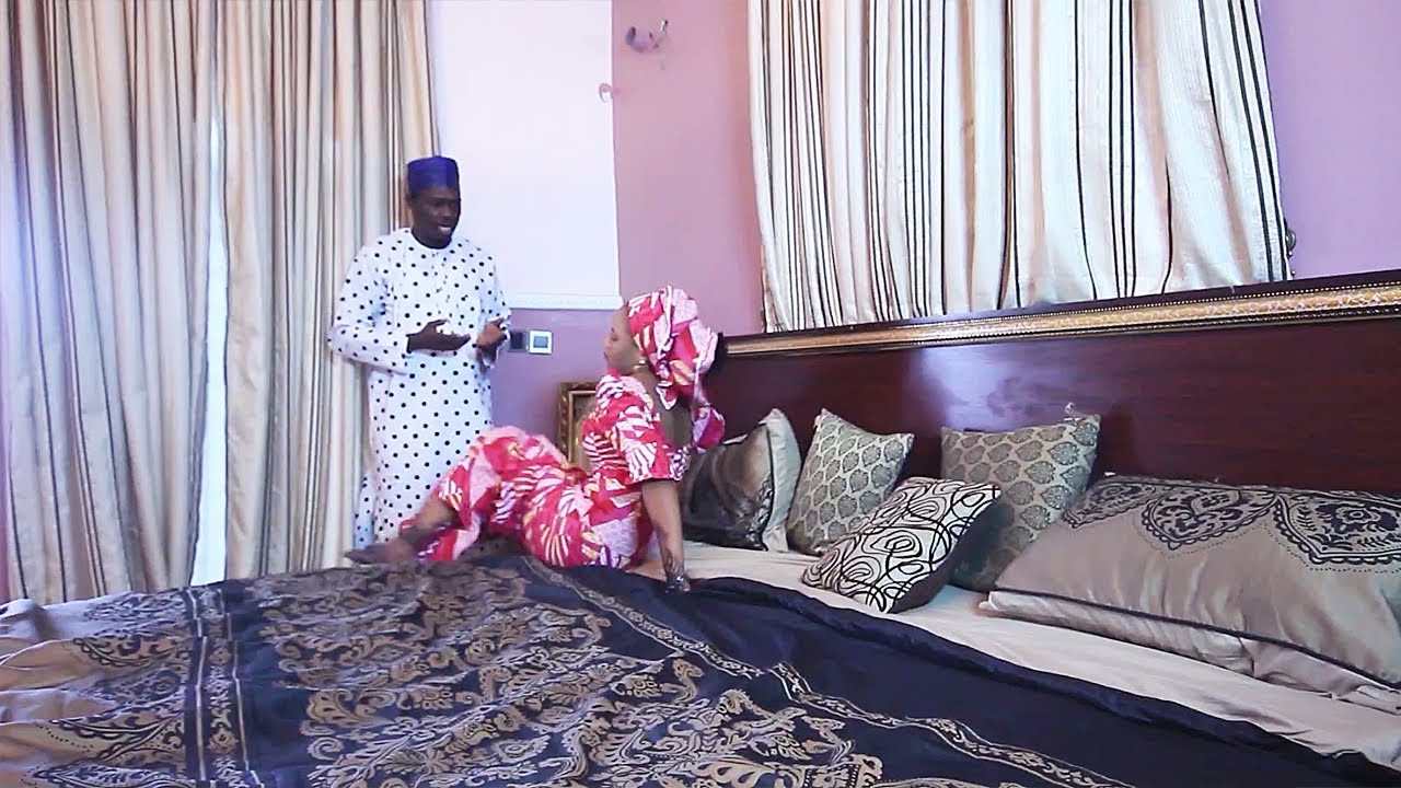 Download tana da dadi sosai da ba matar wani ba - Hausa Movies 2020 | Hausa Films 2020
