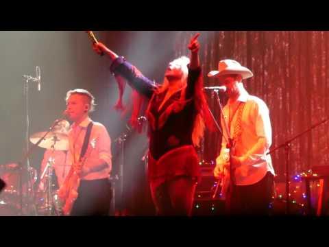Take It Off Kesha@Firefly Festival Dover, DE 61717