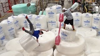 Bubble Wrap Battle | Dude Perfect Video